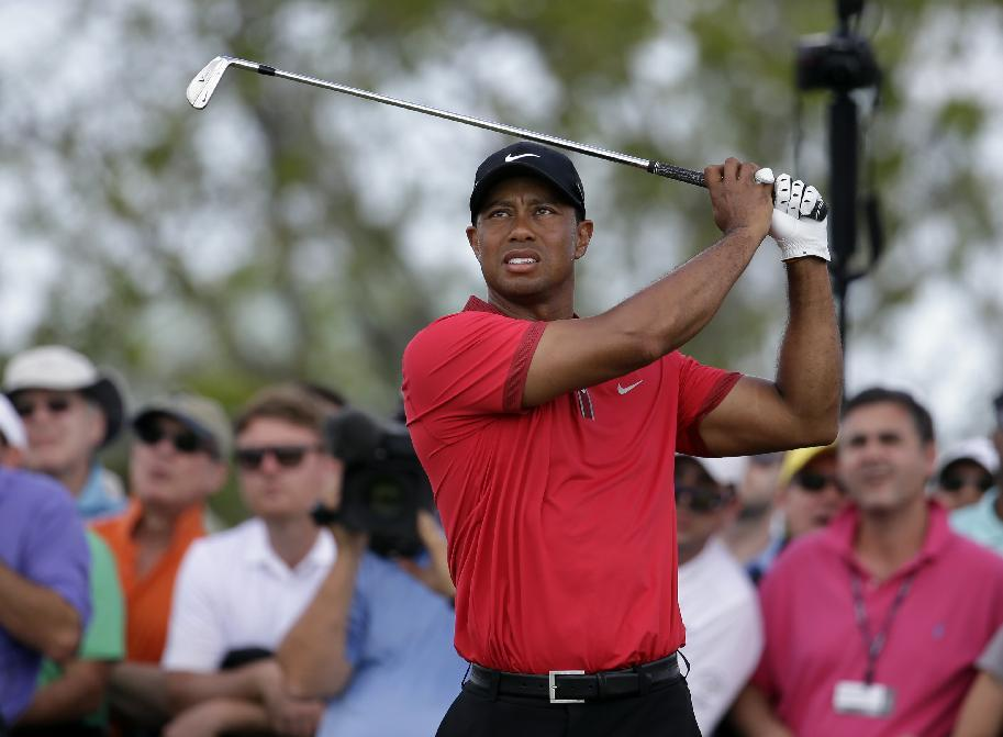 Back surgery forces Tiger Woods out of Masters