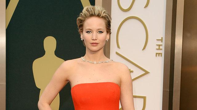 Jennifer Lawrence Puked At Oscars Party! (REPORT)