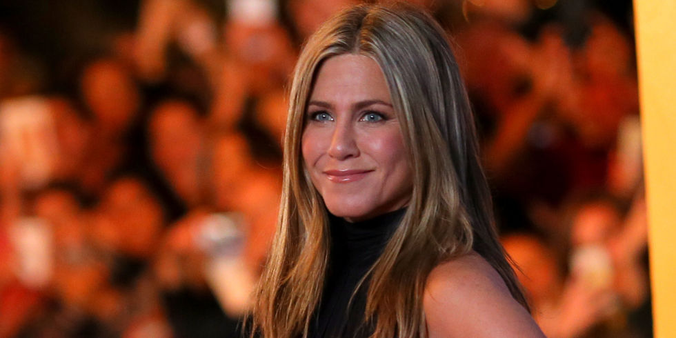"JENNIFER ANISTON: I WAS ALMOST REPLACED ON ""FRIENDS"""