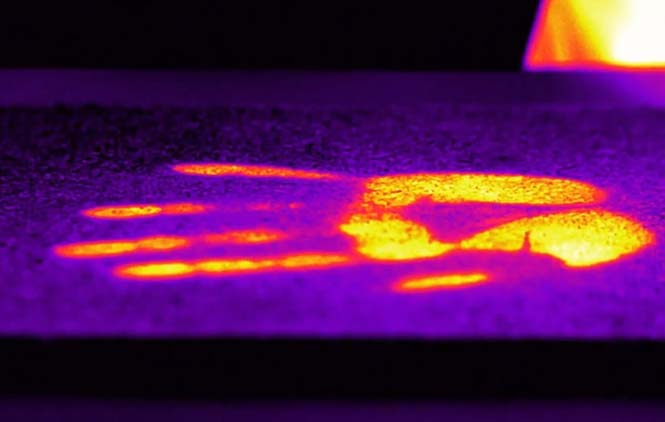 New iPhone cover allows users to see heat in their surroundings