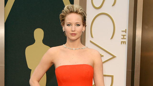 Jennifer Lawrence Puked At Oscars Party! (REPORT)